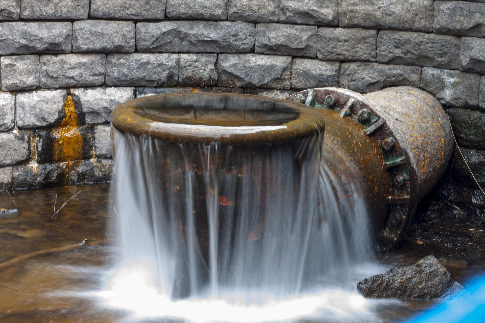 herramientas desatascar tuberia agua